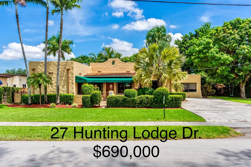 27 Hunting Lodge Drive Miami Springs, FL 33166