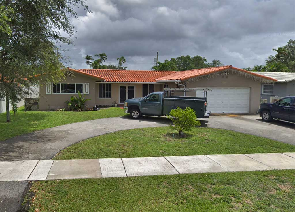 1110 Thrush Avenue Miami Springs, FL 33166