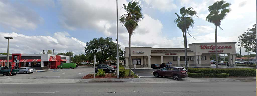 T-Mobile Robbing on Hialeah Drive