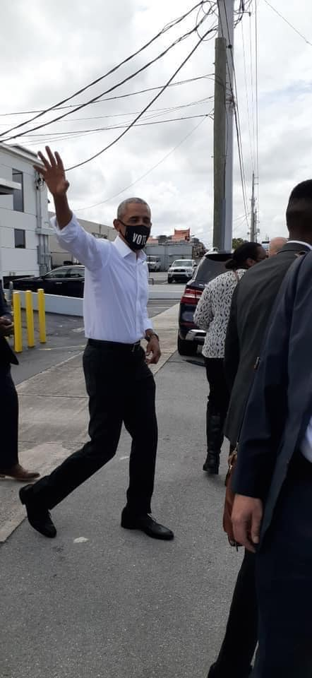 Barack Obama in Miami Springs (Photo Courtesy Miami Springs Community Facebook Group.)